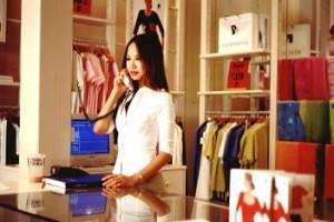 modewinkel in een winkelcentrum